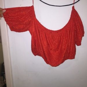 red off the sleeve crop top size L